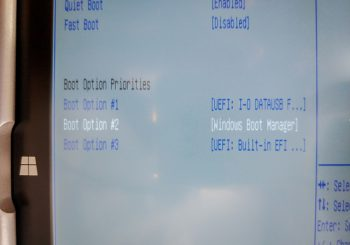 ジブン専用PC&タブレット3 RM-F106-SRのUSBブート環境を試す。